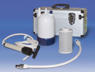 ボックス収納型緊急用浄水器